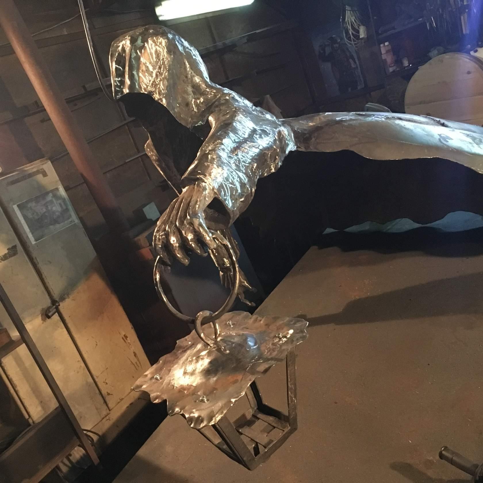 скульптура кованная недорого купить